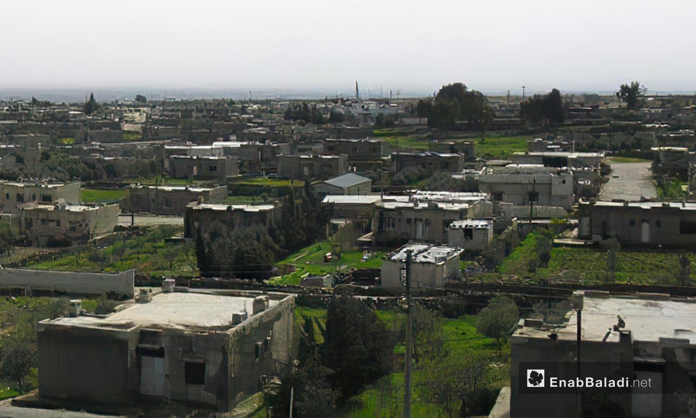 المنازل التي قام رئيس النظام السوري السابق حافظ الأسد على تشجيع سكان القرية ببنائها على مقربة من مناطق السيطرة الإسرائيلية وعدم الهجرة -10 كانون الأول 2020(عنب بلدي -محمد فهد)