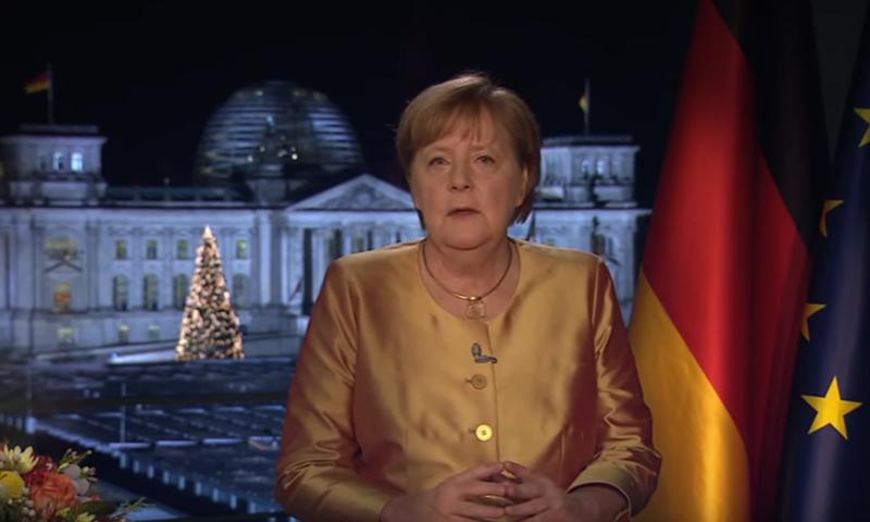 المستشارة الألمانية أنجيلا ميركل - 31 كانون الأول 2020 (حسابات المستشارة في يوتيوب)