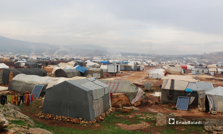 """العاصفة المطرية تغرق بالوحل مخيمات منطقة """" الوطى"""" في إدلب - 14 كانون الثاني 2021 (عنب بلدي / إياد عبد الجواد)"""