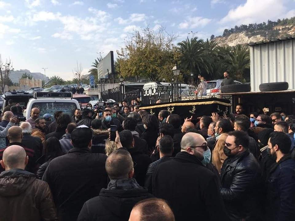 جنازة حاتم علي في العاصمة السورية دمشق 1 من كانون الثاني 2021 (فيس بوك)