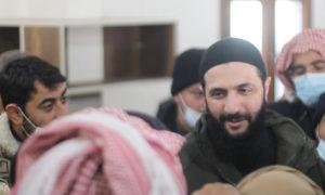 قائد هيئة تحرير الشام أبو محمد الجولاني في زيارة للمخيمات المتضررة من العواصف المطرية في إدلب - 23 كانون الثاني 2021 (قناة هيئة تحرير الشام عبر تلجرام)
