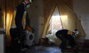 فرق الدفاع المدني تعاين الأضرار في ممتلكات المدنيين بمناطق جبل الزاوية نتيجة القصف الروسي - 4 شباط 2021 (الدفاع المدني)