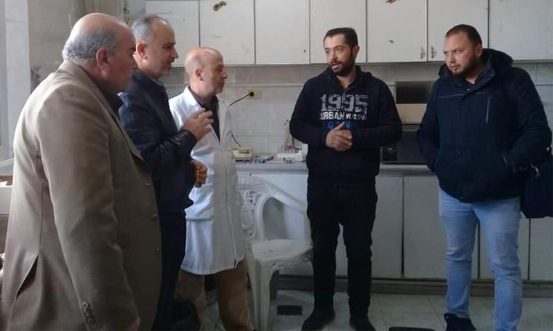 زيارة الفريق الهندسي التابع لمديرية صحة درعا اإلى مشفى طفس الوطني - 23 شباط 2021 (طفس الحبيبة/ فيسبوك)
