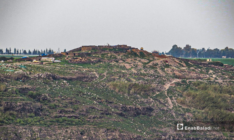 تل يبلا المطل على وادي زيزون بريف درعا - 28 آذار 2021 (حليم محمد - عنب بلدي )
