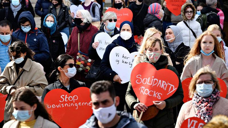 تجمع مئات الأشخاص في كوبنهاغن للاحتجاج على حقوق اللاجئين السوريين في البقاء في الدنمارك | في 21 من نيسان 2021 Ritzau Scanpix