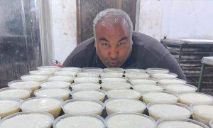 عبد الله العمر في نشاط إغاثي في إدلب - 1 من نيسان (عبد الله العمر/ فيس بوك)