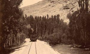 خط سكة حديد الحجاز الذي أنشئ على امتداد نهرى بردى في دمشق