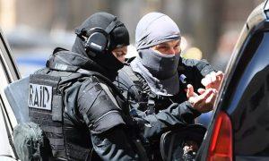 السلطات الفرنسية توقف مشتبه به في فرنسا (AFP)