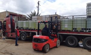 مواد تعقيم مقدمة لمحطة المياه في درعا - 12 نيسان 2021 (الهلال الأحمر السوري)