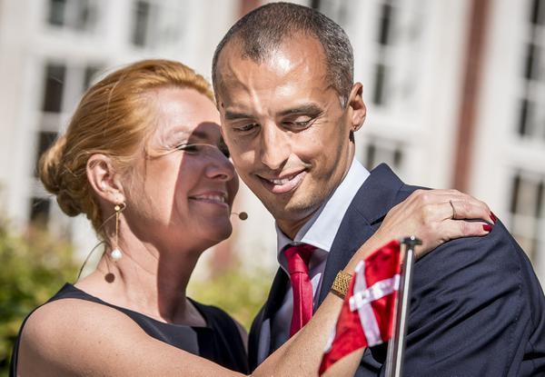 وزيرا الهجرة السابقة والحالي في الدنمارك مهندسا السياسة المتطرفة ضد اللاجئين