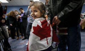 لاجئة سورية في كندا (AFP)