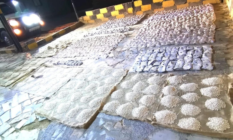 شحنة مواد مخدرة ضبطتها السلطات الأرنية عبر حدودها مع سوريا في 19 من أيار (القيادة العامة للقوات المسلحة الأردنية)