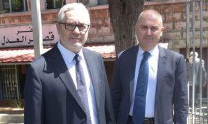 النائبان اللبنانيان ماجد إدي أبي اللمع، و إيلي محفوض (الوكالة الوطنية للإعلام)
