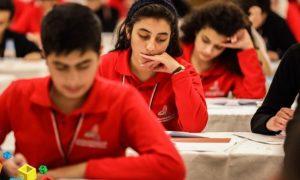 طلاب سوريون مشاركون في الأولمبياد العلمي (اتحاد شبيبة الثورة)