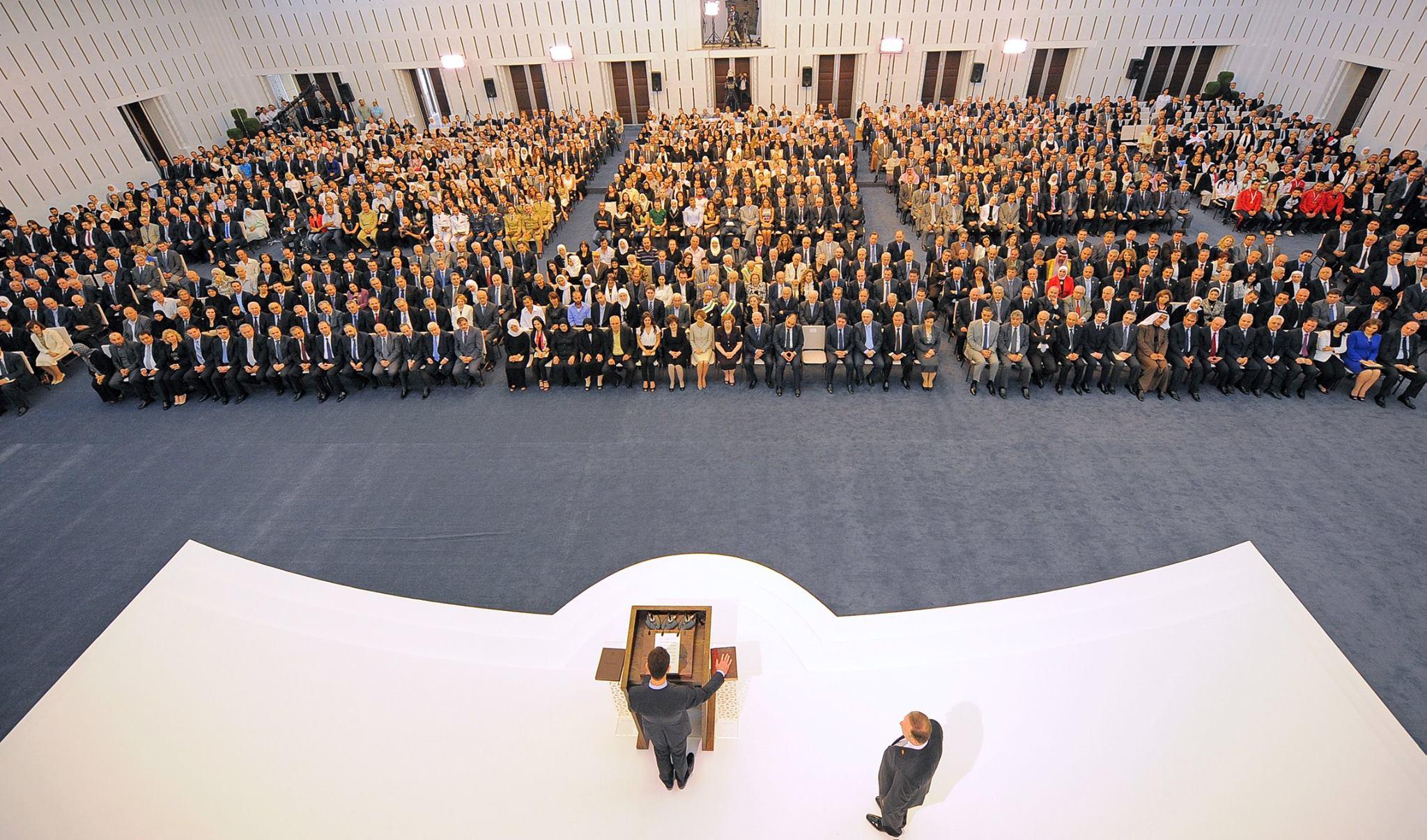 """رئيس النظام السوري، بشار الأسد، لحظة تأدية """"اليمين الدستورية"""" في قصر الشعب - 16 من تموز 2014 (رئاسة الجمهورية)"""