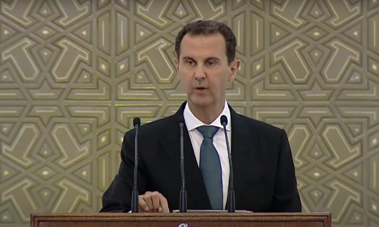 رئيس النظام السوري بشار الأسد خلال أداء مراسم القسم الدستوري - 17 من تموز 2021 (منصة رئاسة الجمهورية/ تويتر)