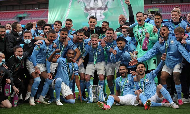 تتويج نادي مانشستر سيتي بطلا لدوري البريميرليج (روينرز)
