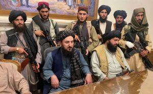 """قيادات """"طالبان"""" في القصر الرئاسي الأفغاني- 16 من آب (تيلجراف)"""