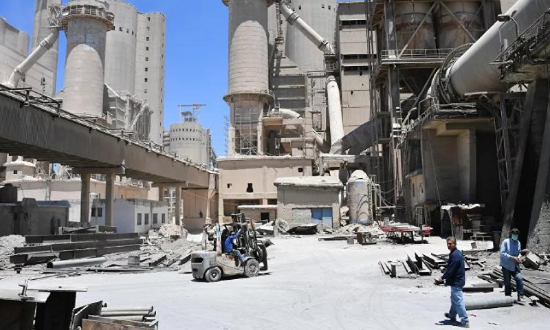 مصنع للأسمنت في سوريا (سبوتنيك)