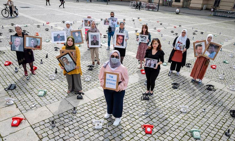 حملة تضامنية مع أهالي المختفين قسرًا في سوريا 28 من آب 2021 (The Syria Campaign)