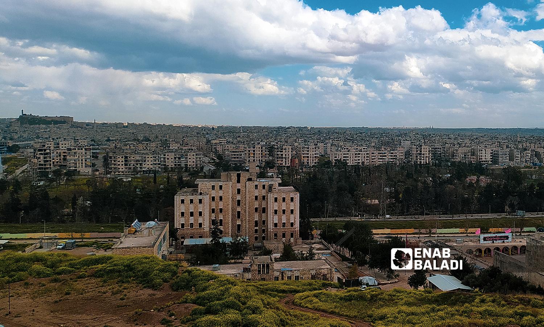 كورنيش منطقة الرازي في مدينة حلب - 18 تموز 2021 ( عنب بلدي / صابر الحلبي )