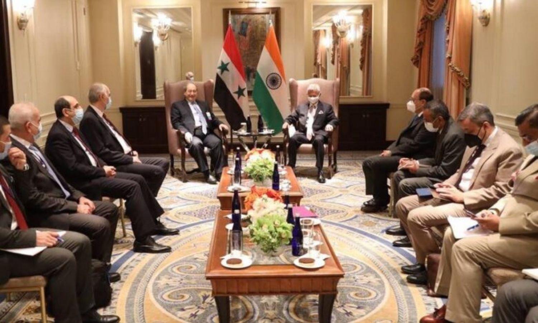 """وزير الخارجية في حكومة النظام السوري، فيصل المقداد، يلتقي نظيره الهندي، سوبرامانيام جيشانكار، 2021، """"الوطن""""."""