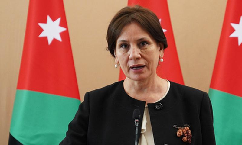 وزيرة الطاقة والثروة المعدنية في الأردن هالة زواتي (رئاسة الوزراء الأردنية)