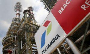 """حقل نفط تديره شركة """"Pertamina"""" الإندونيسية (رويترز)"""