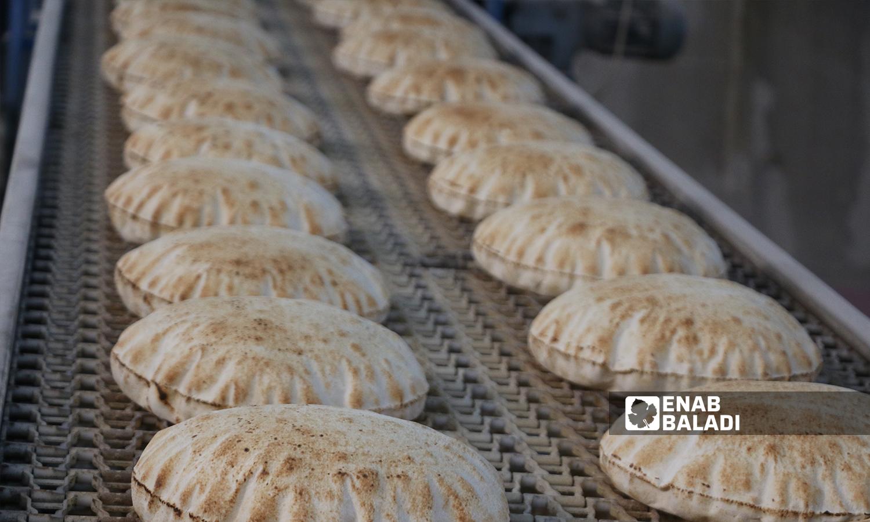خط المخبز الجديد الرابع المنشأ من قبل المجلس المحلي في مدينة الباب 8 تشرين الأول 2021 (عنب بلدي - سراج محمد)
