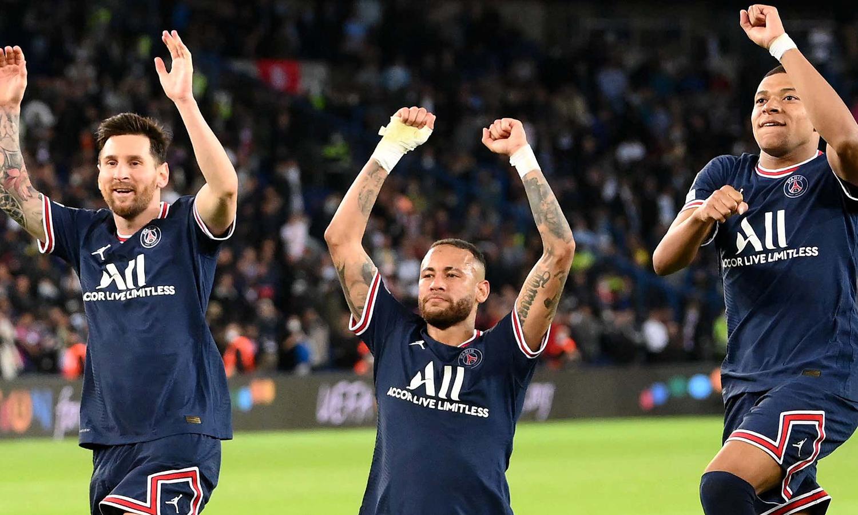 مبابي ونيمار وميسي لاعبي باريس سان جيرمان - 12 تشرين الاول 2021 (arabic.rt.com/sport)