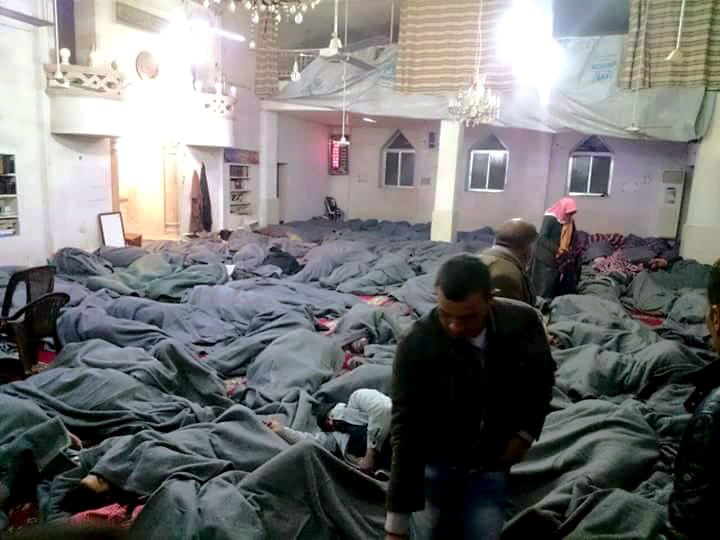 Displaced people from the city of Palmyra, sleeping in a mosque in the northern border city of Azaz, Tuesday 29th of March. (Revolutionaries/Activists)