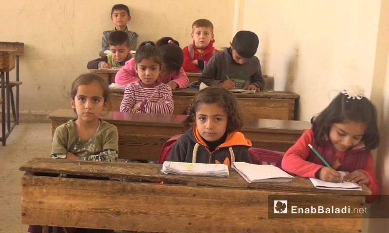 """Şagird in li dibistana """"Ferhan Elî"""" li taxa Hilêliyê li Qamişlo 17tişrina didwan-2016 (Ineb Beledî)"""