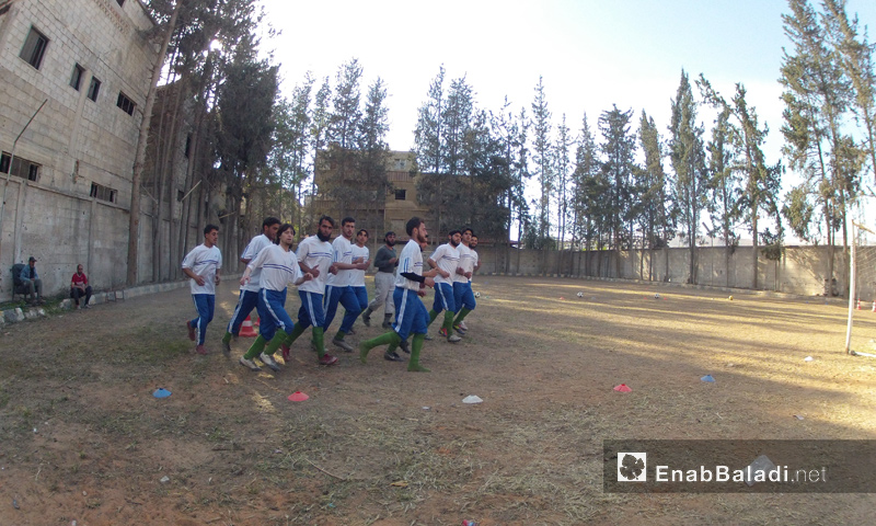 "Players in the ""Army club"" in Rif Dimashq, November 2016 (Enab Baladi)"