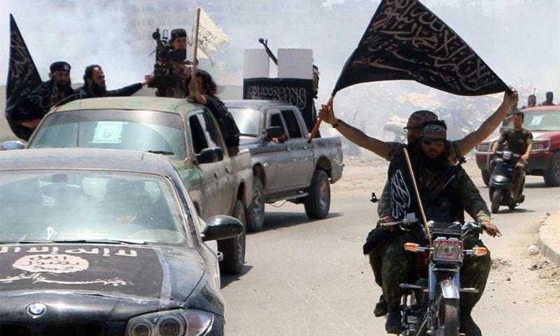 Members of al-Nusra Front in Aleppo, May 26, 2015 (AFP)