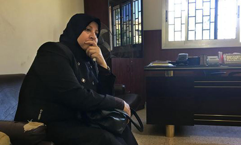 A Syrian refugee in Lebanon is waiting in the Sunni Religious Supreme Court in Beqaa to decide on her divorce - August 2016 (Kristen Chick - The Washington Post)