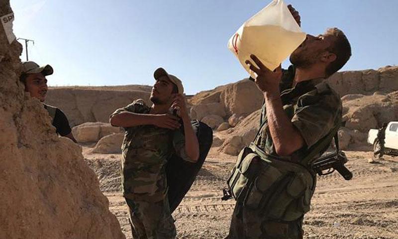 Members of Assad's Forces during the battles against the Islamic State Organization (IS) in Deir ez-Zor - September 2017 (Sputnik)