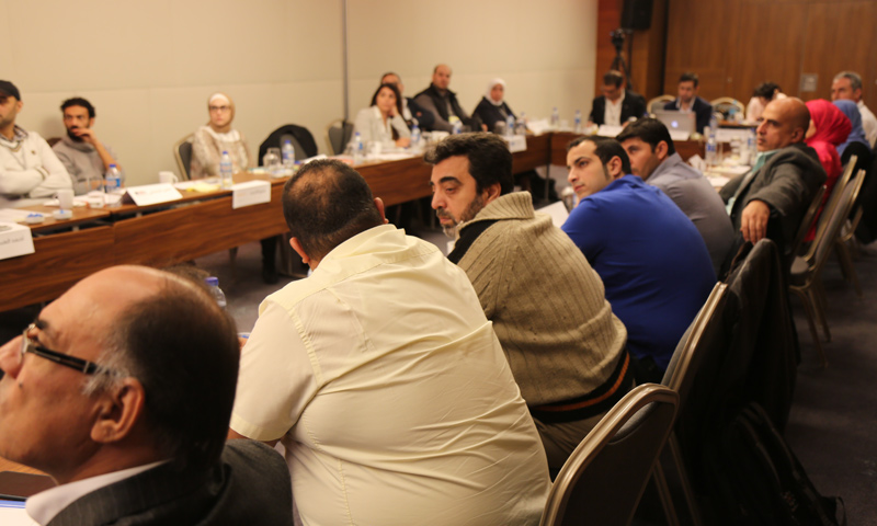 "Local media representatives participating in ""Syrian Media Confronting Yellow Journalism"" Forum - October 29, 2017 (Enab Baladi)"