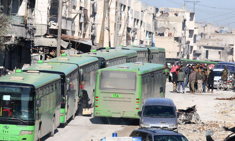 Buses to displace civilians from the eastern neighborhoods of Aleppo - December 18, 2016 (Reuters)