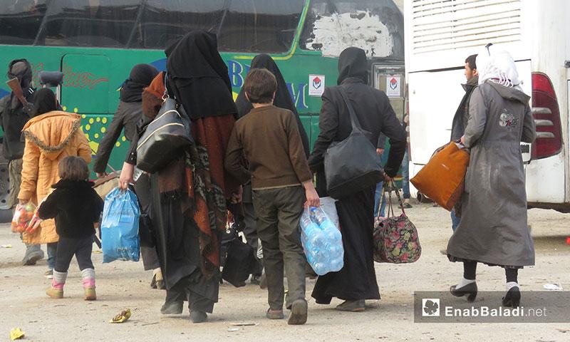 The displaced people of Harasta in Qalaat al-Madiq in Hama western countryside – March 23. 2018 (Enab Baladi)