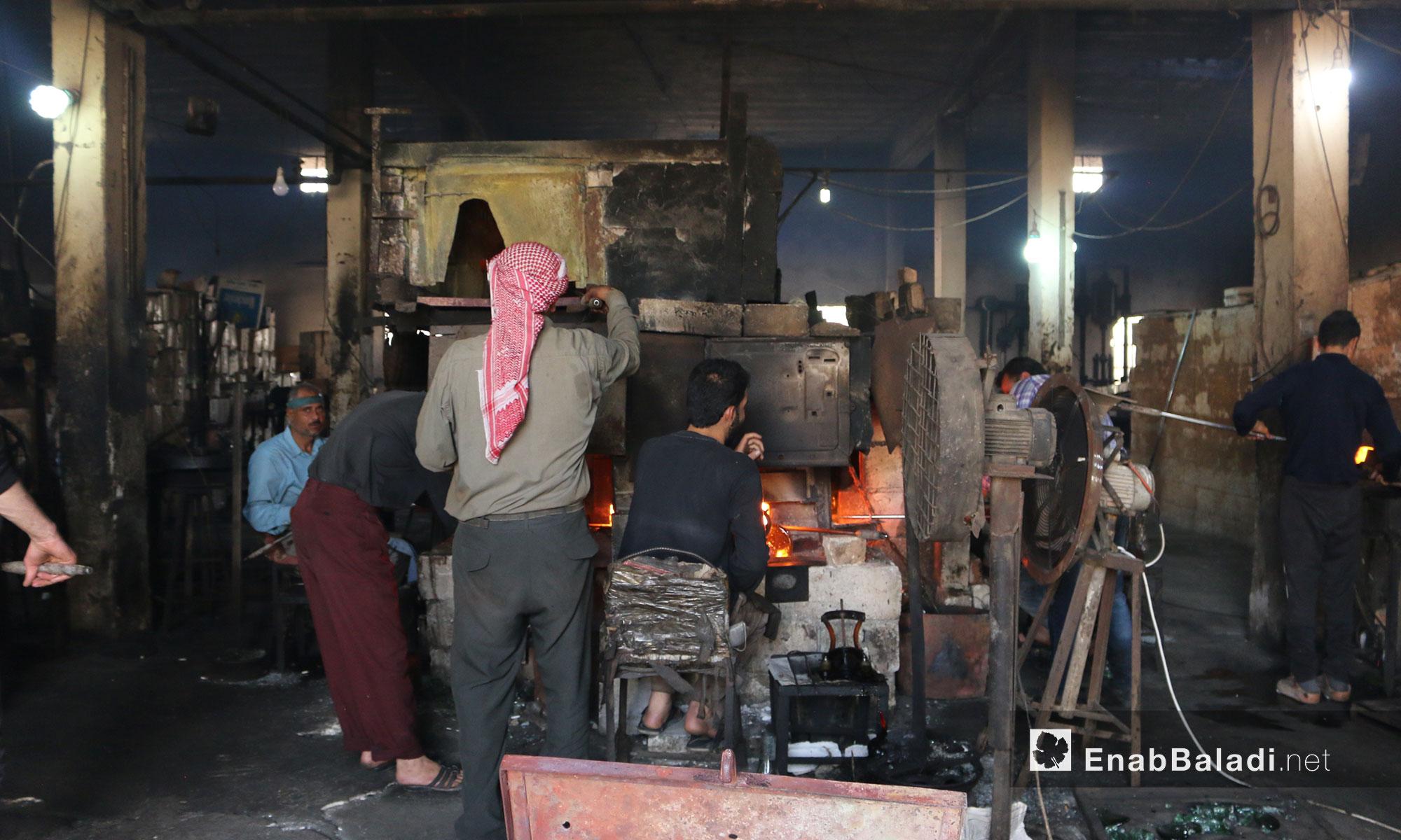 Glass Making in the City of Armanaz in Rural Idlib – April 14. 2018 (Enab Baladi)