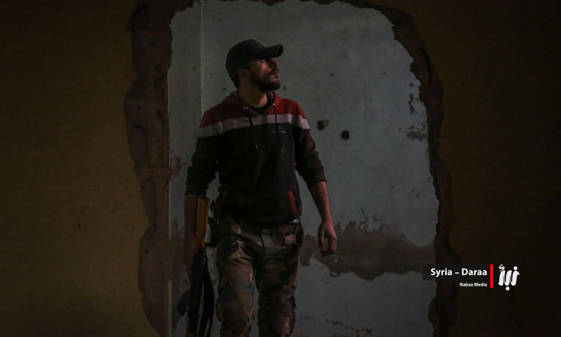 """: A """"Free Army"""" fighter in the city of Daraa – February 2018 (Nabaa)"""