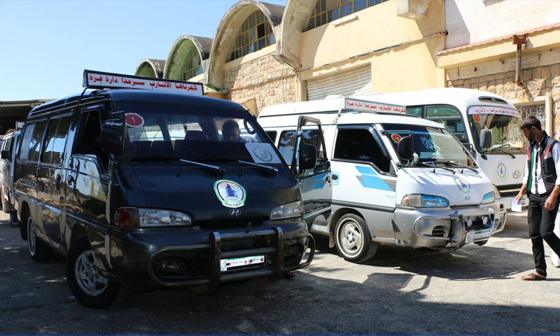 Buses for transporting passengers between the western countryside of Aleppo and northern countryside of Idlib – May 16, 2018 (Free Aleppo Governorate Council)
