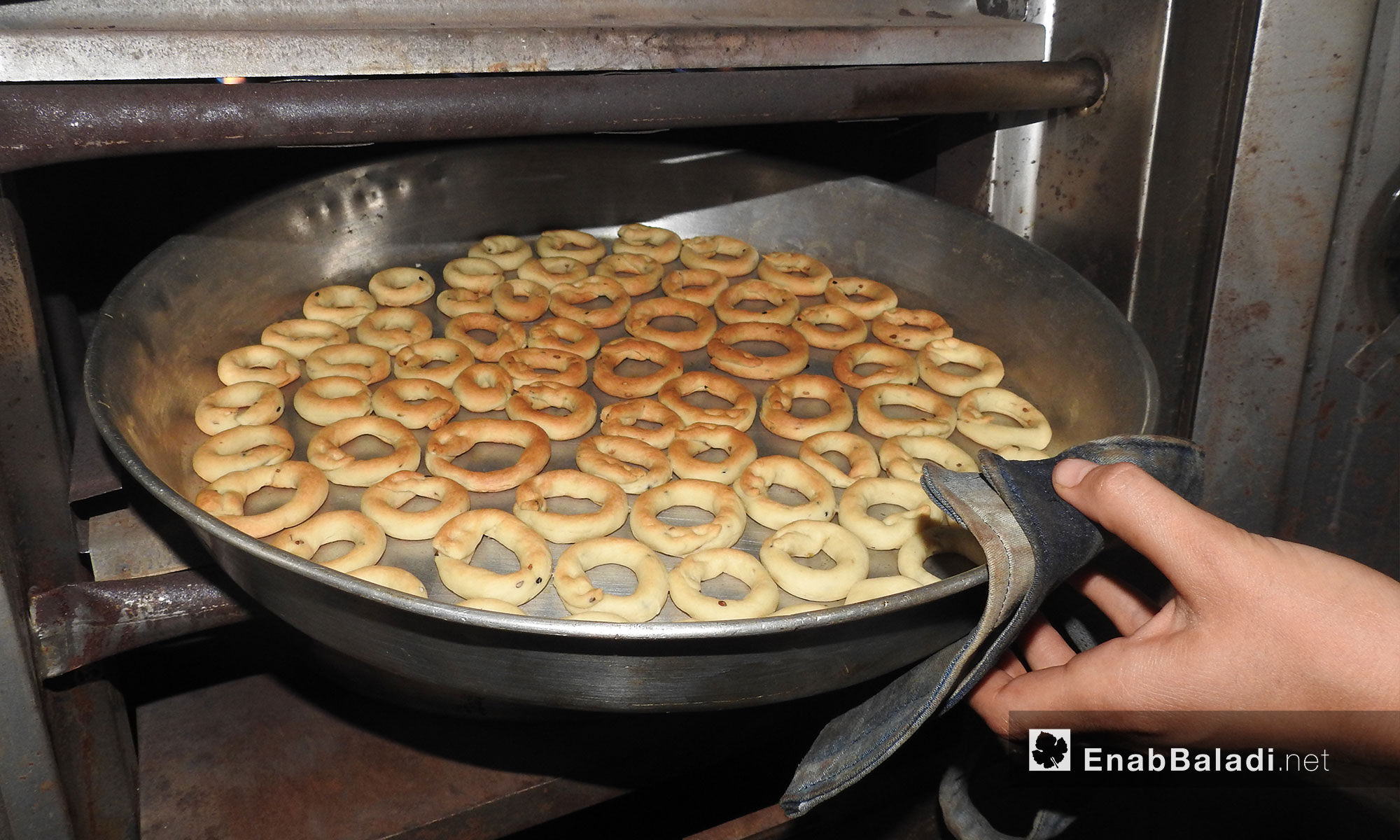 Homemade Eid sweets in Northern Aleppo – June 9, 2018 (Enab Baladi)