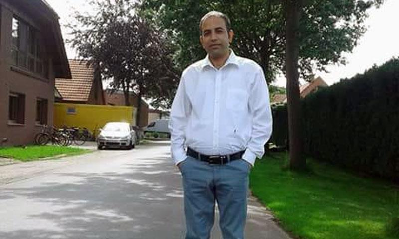 The Syrian math teacher Mahmoud Darwish