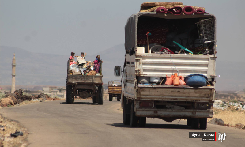 Civilians from the eastern countryside of Daraa displaced due to Assad's forces shelling – June 22, 2018 (Nabaa)