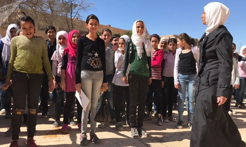 A school for girls in Deir ez-Zor (Sputnik)