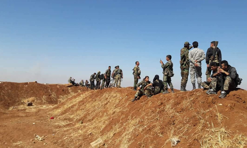 Assad's forces troops in the surrounding of al-Lajat, eastern rural Daraa – June 27, 2018 (Tiger Forces)