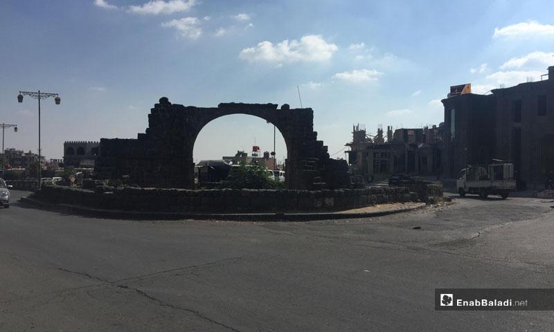 Al-Mishnaqa roundabout in the city of Sweida – August 2018 (Enab Baladi)