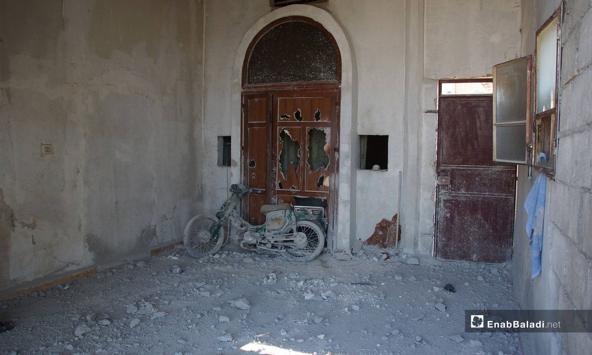 The rubble caused by the bombardment of Qalaat al-Madiq town, rural Hama – September 9, 2018 (Enab Baladi)