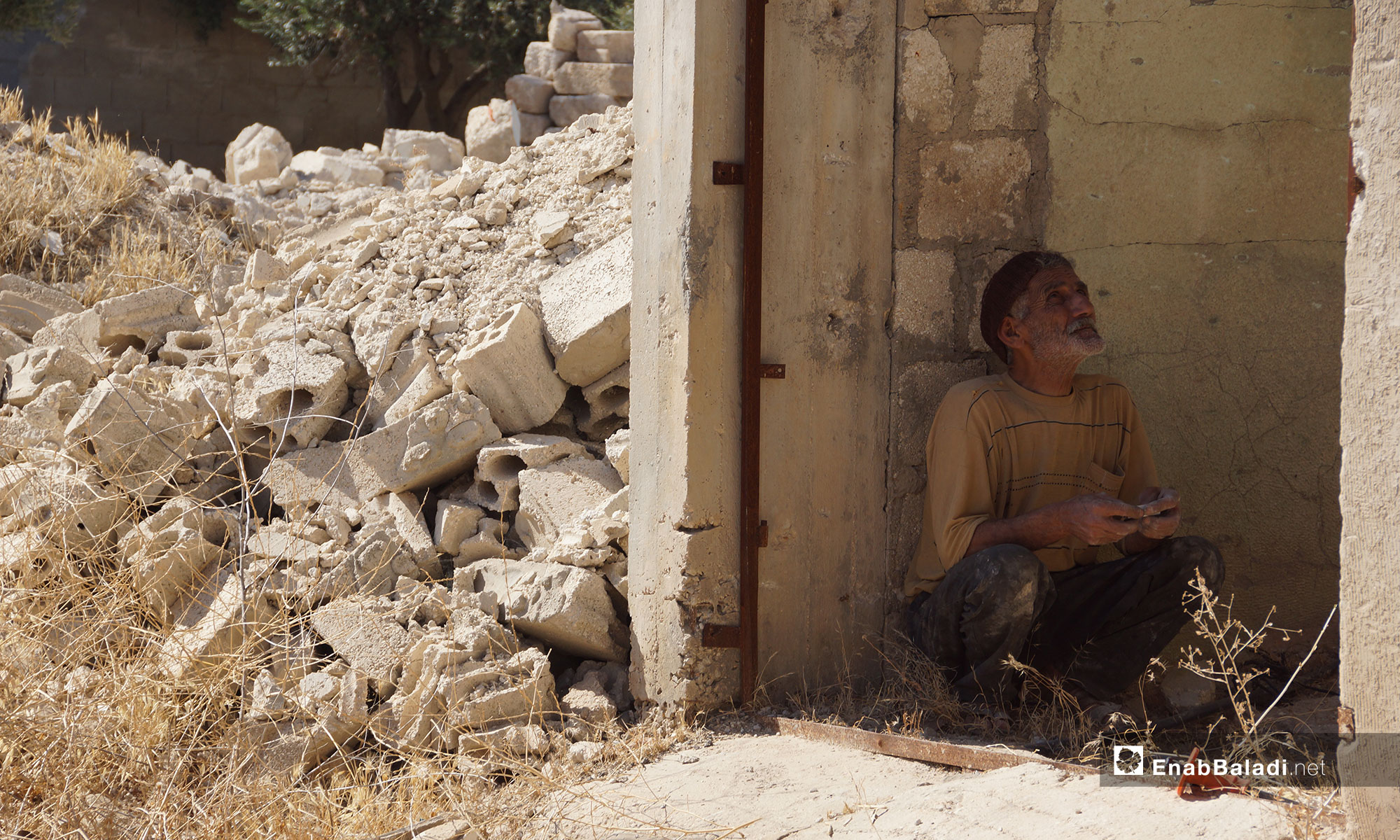 The return of the Al-Lataminah Village's people to their area and the restoration of houses, northern rural Aleppo – September 25, 2018 (Enab Baladi)